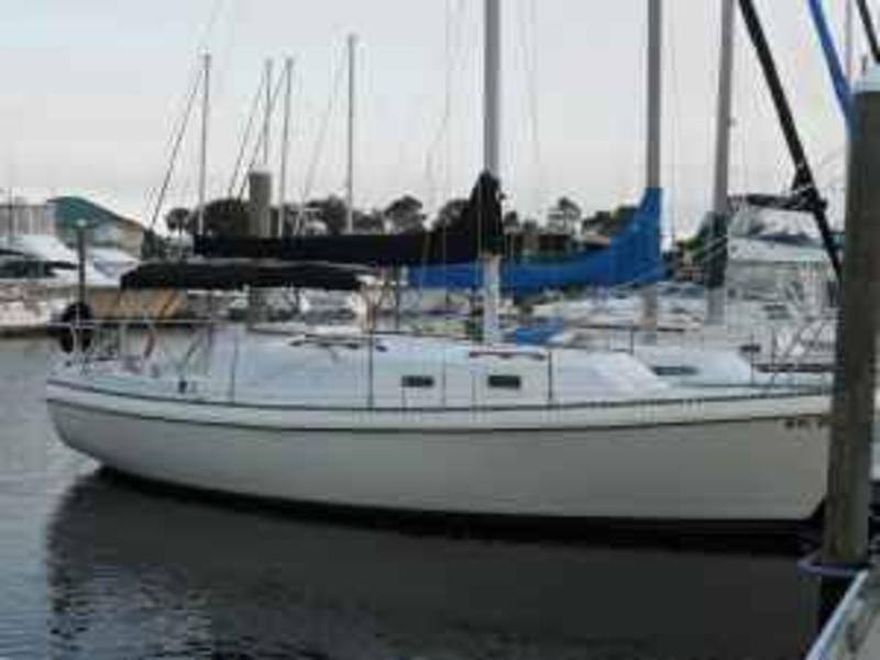 1980 Watkins 27/CB located in Florida for sale