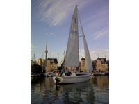 1983 Downtown Toronto  Alexandra Yacht Club Outside United States 27 <B>C</B>apital Ya<B>c</B>hts Newport <B>27</B>