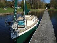 1990 SaintAnicet Quebec Outside United States 21' <B>Quickstep</B> 21
