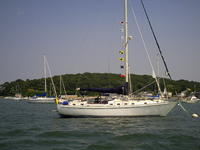 1984 Hingham Massachusetts 42 Fort Myers Yacht Brewer 12.8
