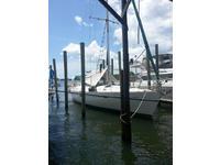 1999 Crystal River Florida 41 Beneteau Oceans 411